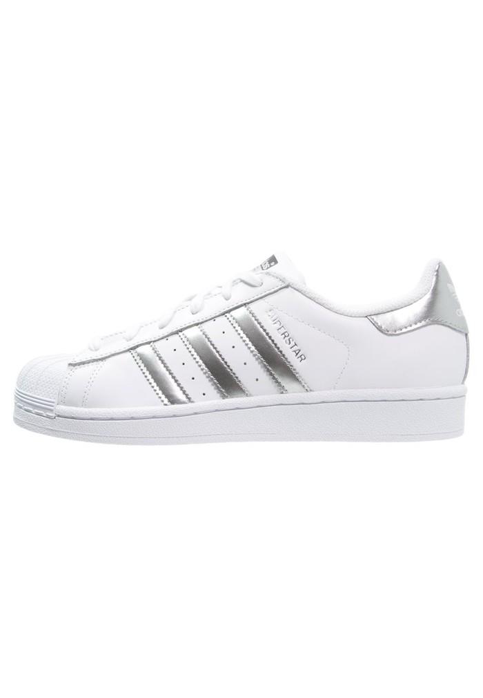 adidas schoenen laag
