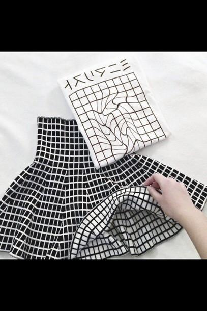 skirt gemoetric black white
