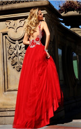 dress red formal backless detailed beautiful