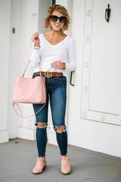 something delightful,blogger,t-shirt,jeans,shoes,jewels,belt,sunglasses