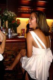 cream dress,sleeveless,dress