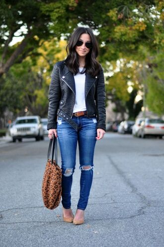jeans leather jacket white shirt distressed denim jeans nude flats brown bag blogger sunglasses