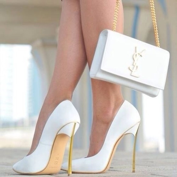 shoes white gold high heels chain ysl clutch streetstyle leather stilettos escarpin blanc sac yves st laurent bag high heels