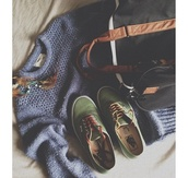 sweater,hipster,feathers,sweatshirt,clothes,vans
