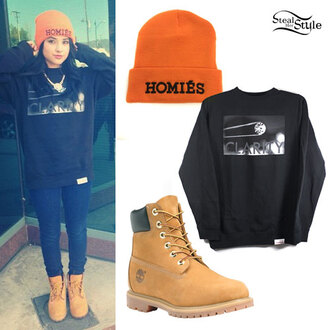 sweater oversized sweater beanie homies construction shoes hat shoes jewels jeans blouse t-shirt cap becky g blue jeans boots