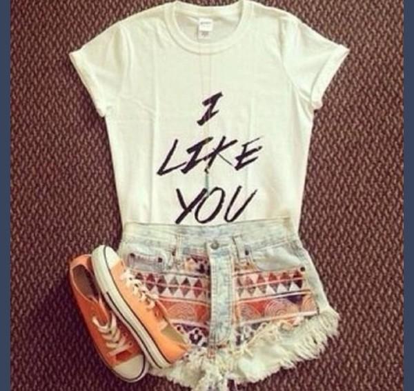 shirt t-shirt cute outfits cute shirt it's so adorable cute shorts shorts shoes