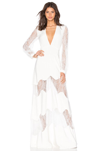 gown white