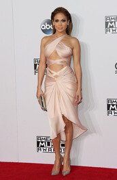 dress,jennifer lopez,nude,silk,pumps,high heels,gown,prom dress,American Music Awards,bag