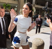kendall jenner,white,blue,romper,jumpsuit,dungaree,thecarriediaries,carrie
