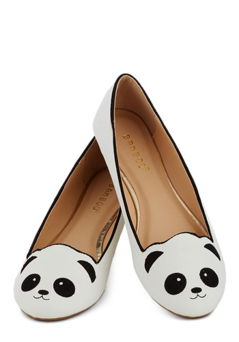 Stroke of Genus Flat in White | Mod Retro Vintage Flats | ModCloth.com