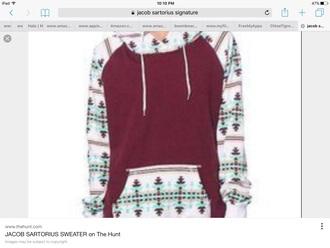 sweater with hoodie tribal design maroon/burgundy