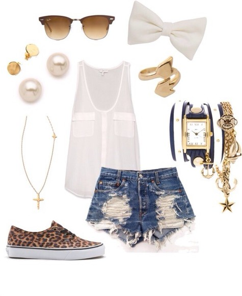 shorts blouse jewels