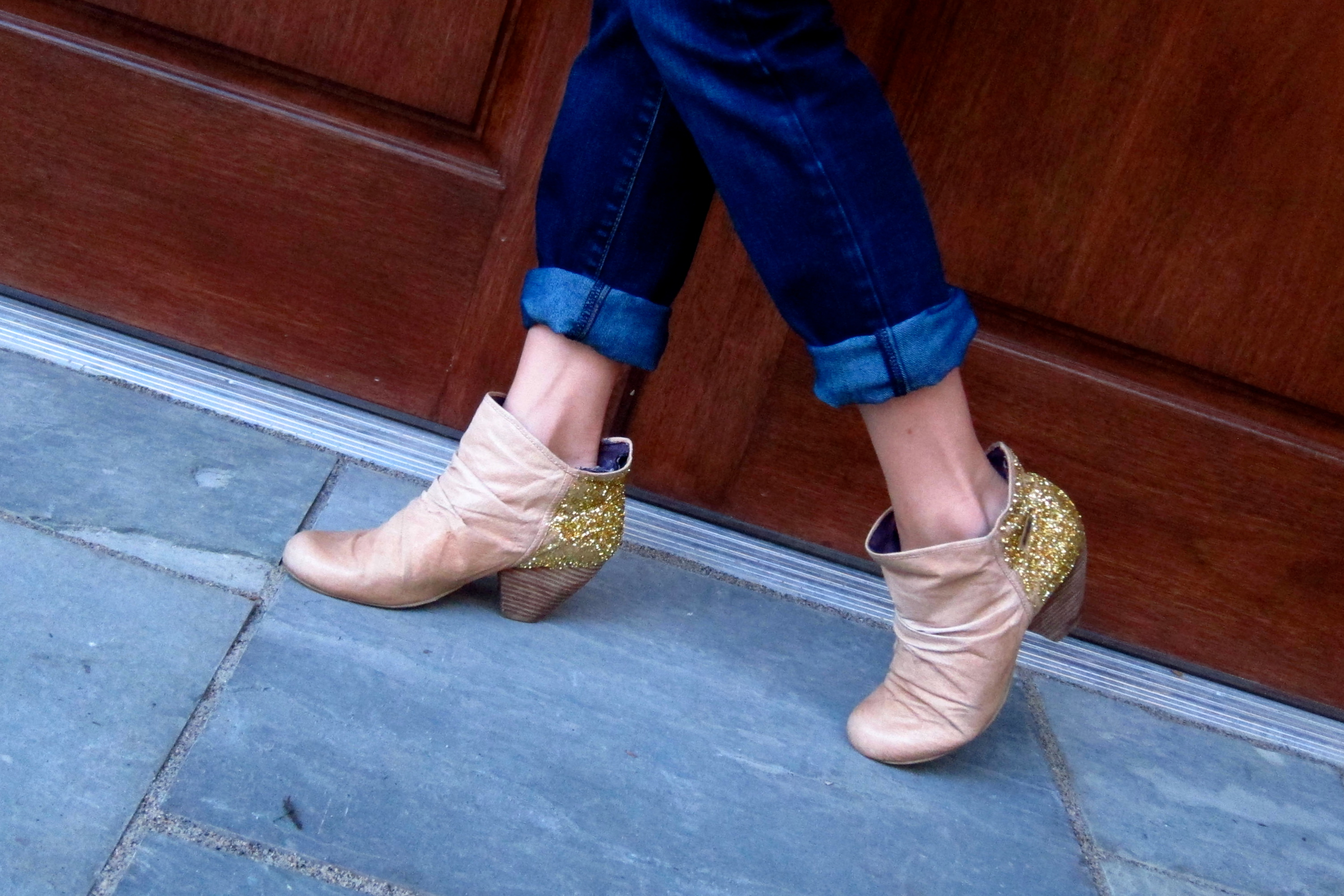diy: gold glitter boots   a Sequin Dress at Breakfast – a style blog by Kiley Stenberg