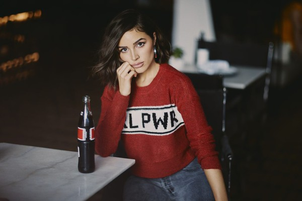 sweater cropped cropped sweater olivia culpo celebrity blogger