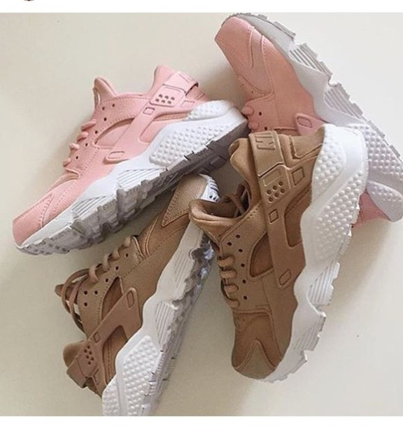 shoes nike hurraches nude nike huarache pink beige. Black Bedroom Furniture Sets. Home Design Ideas
