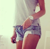 jewels,tank top,grey t-shirt,t-shirt,shorts,denim,silver,silver jewelry,watch,bracelets,clothes,summer,ring,diamonds,engagement ring,wedding,platinum,white gold,zirconia,for