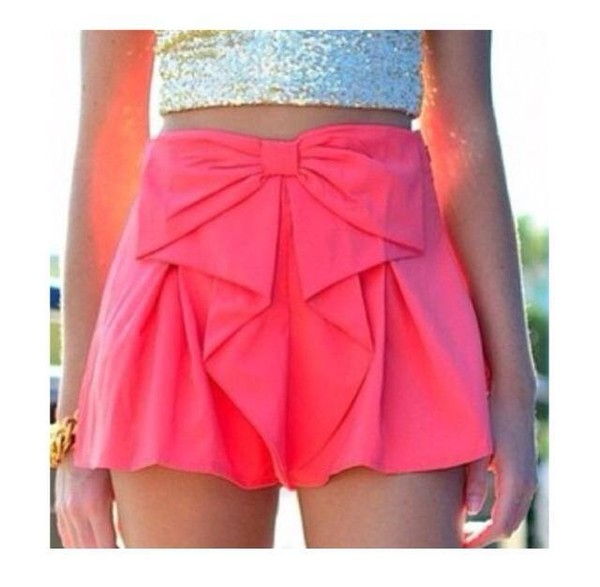 shoes shorts skirt pink ribbon bow pink shorts beautiful pink bow skirt hot pink bowshorts bright neon shorts with a bow top silver shiny croptop forever 21 pink or blue