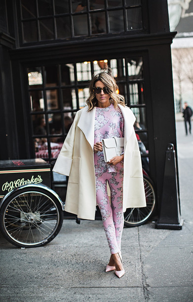 hello fashion blogger sweater coat sunglasses baby pink two-piece skinny pants