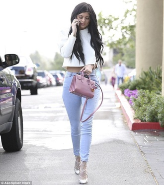 bag pink kylie jenner jeans nude all nude everything nude bag strappy heels crop pants nude pants slimmed strappy shoes dusty pink