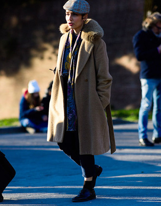 coat tumblr camel camel coat fur collar coat pants black pants boots black boots flat boots ankle boots hat fashion week 2017 streetstyle scarf pleated