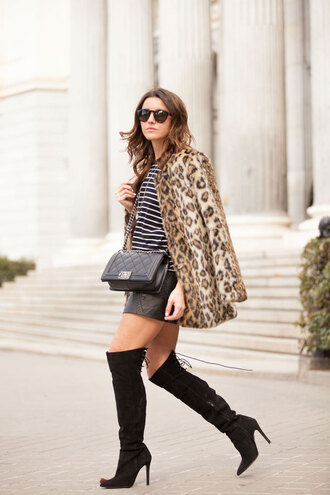 lovely pepa blogger knee high boots striped top leopard print faux fur coat coat shoes bag t-shirt skirt fur leopard print winter coat mini skirt black skirt black leather skirt leather skirt black bag