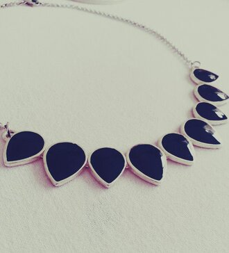 jewels necklace black drops silver jewelry elegant fashion black stone crewneck