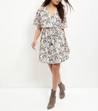 dress floral floral dress wrap dress floral wrap dress summer summer outfits