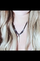 jewels,necklace,choker necklace,fang,fang necklace,boho,grunge