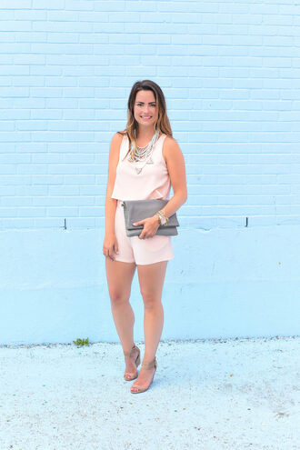 live more beautifully blogger romper jewels shoes statement necklace nude pink clutch