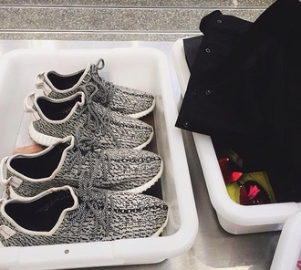 shoes grey kylie jenner kyliejennershoes