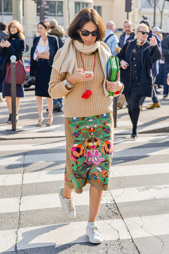 skirt printed skirt embroidered skirt midi skirt sweater camel sweater sneakers white sneakers scarf clutch necklace streetstyle sunglasses black sunglasses fall outfits