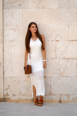 only my fashion style blogger dress shoes bag jewels sandals maxi dress white dress shoulder bag summer outfits