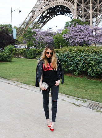 caroline louis pardonmyobsession blogger t-shirt jeans jacket shoes bag black leather jacket red heels black t-shirt black jeans ysl bag spring outfits
