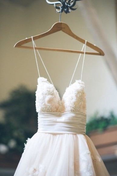 dress flowy pretty white dress flowers thin straps flowy dress
