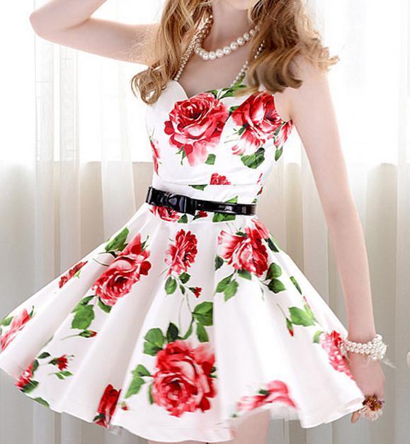 Vintage fashion flower show body dress