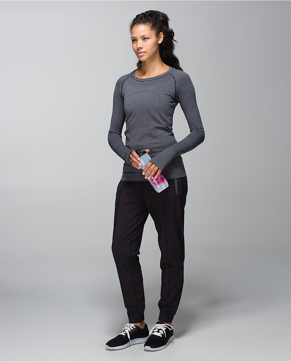 run: swiftly tech long sleeve crew | women's tops | lululemon athletica