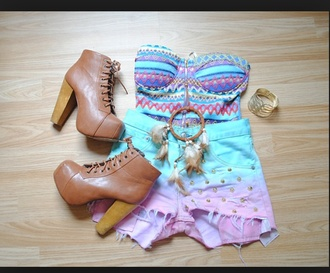 top tribal pattern bustier dreamcatcher high heels high waisted shorts colorful boots