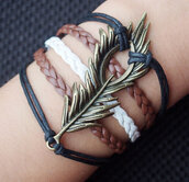 jewels,luck leaft,bracelets,black leather,leather bracelet,brown,jewelry,handmade,diy,vintage,retro,leaves,black