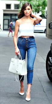 jeans,pumps,crop tops,top,streetstyle,denim,purse,olivia culpo,celebrity,strapless