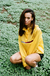 jacket,american,tommy hilfiger,rain jacket,cute,streetstyle,streetwear,style,street,apparel,casual,blouse,windbreaker,tommy hilfiger jacket