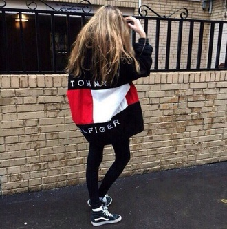 jacket sweater sweatshirt tommy hilfiger tommy hilfiger sweatshirt tommy hilfiger jacket blue red white style outfit cool girl girly tommyhilifier jacket fashion