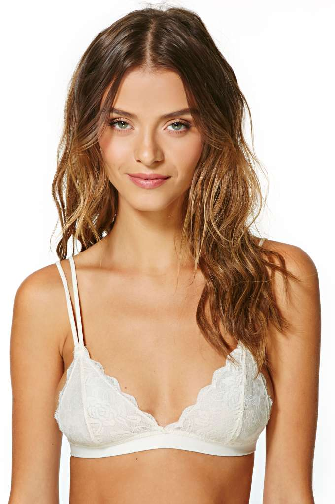 Donna Lace Bralette - Cream in  Clothes Lingerie at Nasty Gal
