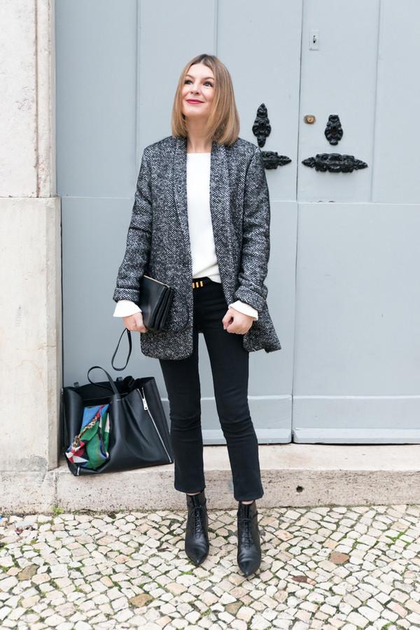 the working girl blogger bag jeans belt top scarf sézane