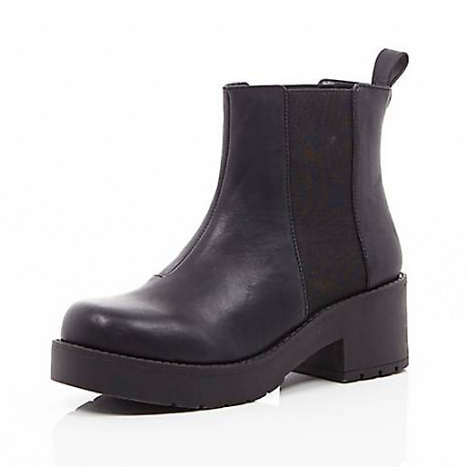 Black thick sole chelsea boot