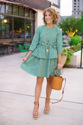 something delightful blogger dress bag shoes jewels t-shirt gingham dresses wedge sandals basket bag spring outfits