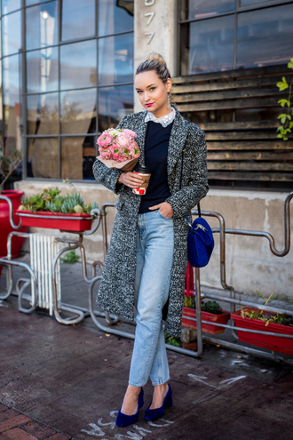 late afternoon blogger coat sweater jeans shoes bag jewels grey coat blue bag winter outfits