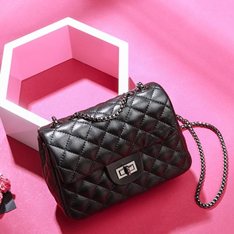 Black Chic Crossbody Chain Bags Genuine Leather Flap Quilted Bag