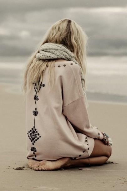 sweater blouse beach aztec beige blond black pink pastel studs hipster winter outfits cute girl oversized sweater dress brown dress shirt bohemian boho cardigan jumper indie
