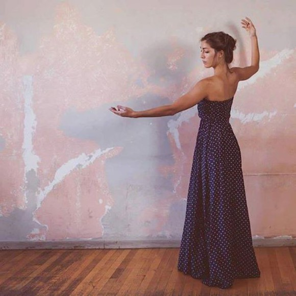 dress romantic blue dress summer dress summer outfits maxi dress romantic dress romantic dresses polka dots polka dots dress bustier dress strapless blue maxi dress long dress long blue dress long strapless dress everyday look everyday dress everyday outfit