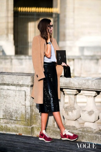 le fashion blogger shiny pencil skirt camel coat streetstyle fashion week 2015 coat t-shirt bag skirt beige coat sequin skirt shoes nike shoes nike nike running shoes sneakers nike sneakers